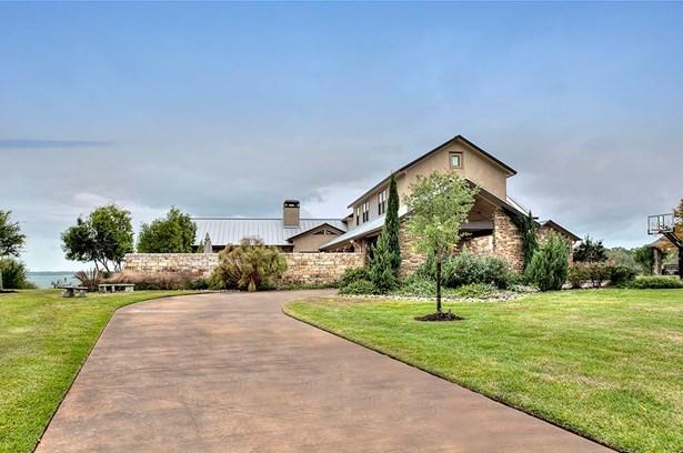 Traditional, Cross Property - Livingston, TX (photo 2)