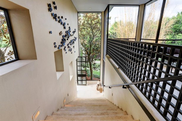 Cross Property, Contemporary/Modern - Houston, TX (photo 5)