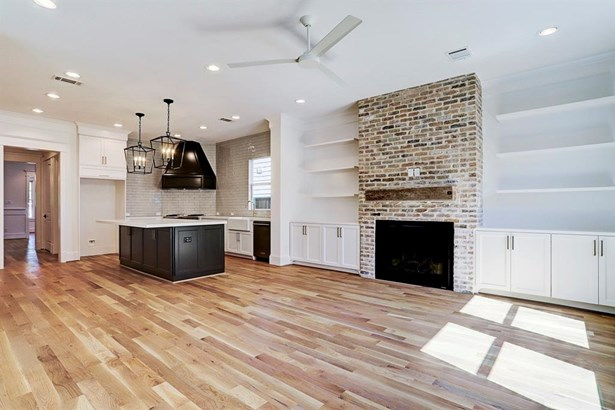Contemporary/Modern,Traditional, Cross Property - Houston, TX (photo 3)