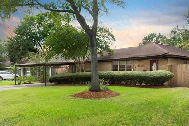 Ranch,Traditional, Cross Property - Houston, TX
