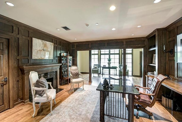 Traditional, Cross Property - Piney Point Village, TX (photo 4)