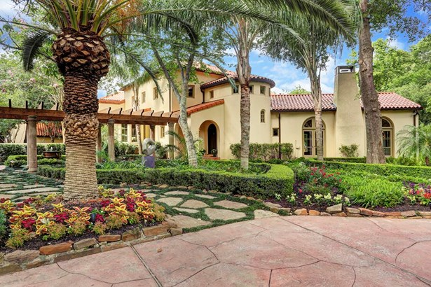 Mediterranean,Traditional, Cross Property - Houston, TX (photo 2)