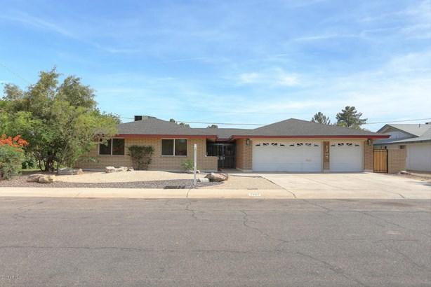Single Family - Detached, Ranch - Tempe, AZ (photo 3)