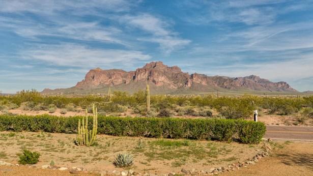 Single Family - Detached, Ranch - Apache Junction, AZ (photo 2)