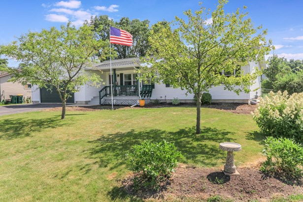 1 Story, Ranch - Elkhorn, WI