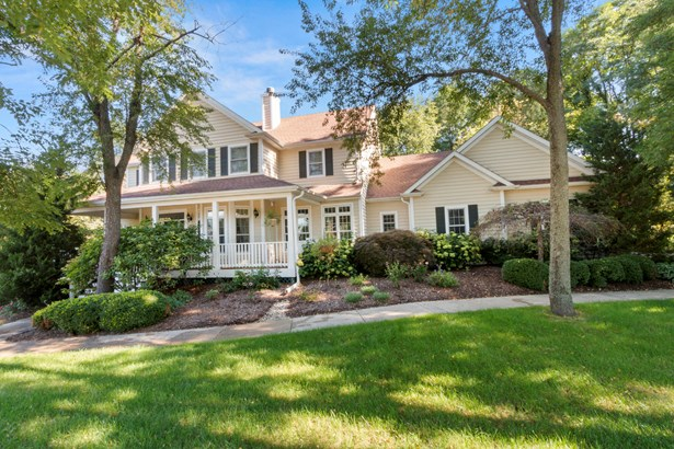 Cape Cod,Colonial, 2 Story,Exposed Basement - Fontana, WI