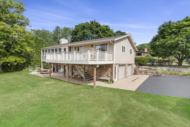 Ranch, 1 Story,Exposed Basement - Elkhorn, WI