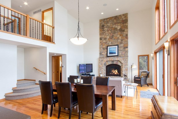 Contemporary, 2 Story,Exposed Basement - Whitewater, WI (photo 2)