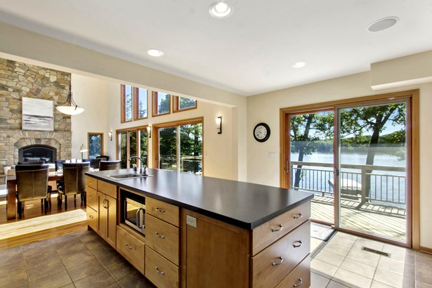 Contemporary, 2 Story,Exposed Basement - Whitewater, WI (photo 5)