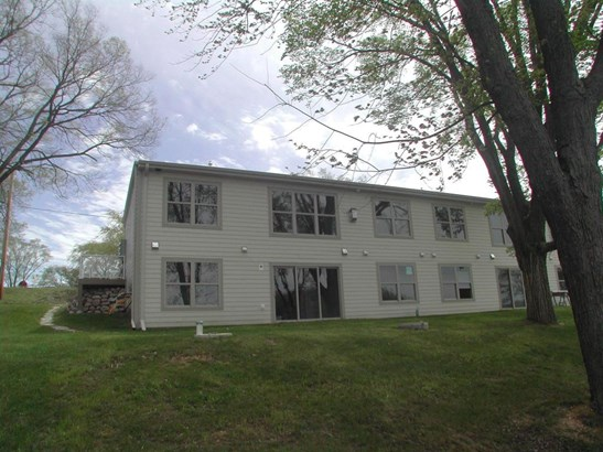 Association,Townhouse,View of Water,Waterfrontage on lot - Whitewater, WI (photo 4)
