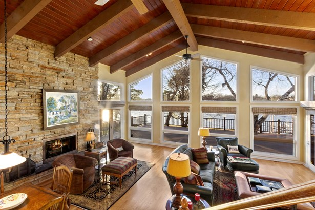 1.5 Story,Exposed Basement, Contemporary - Elkhorn, WI