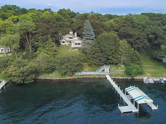 Multi-Level - Williams Bay, WI (photo 1)