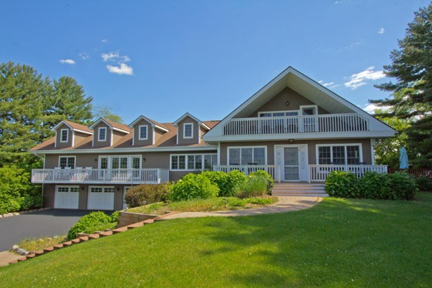 1.5 Story, Cape Cod - Elkhorn, WI (photo 1)