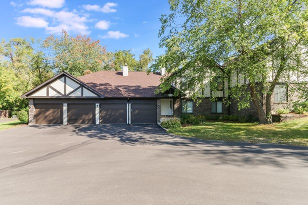 Wooded Lot, 1 Story - Williams Bay, WI