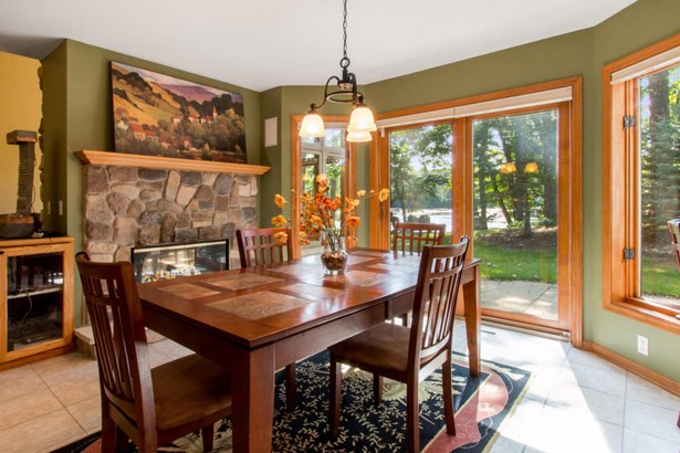 1.5 Story, Contemporary - East Troy, WI (photo 5)