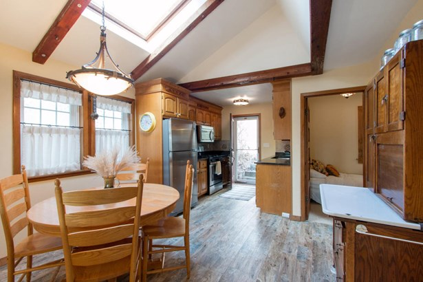 1 Story,Exposed Basement, Bungalow - East Troy, WI (photo 3)