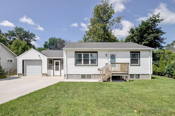 1 Story, Ranch - Union Grove, WI