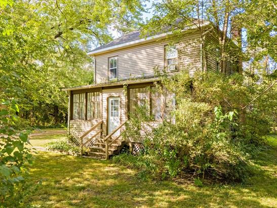 Farmhouse, 2 Stories - Marengo, IL