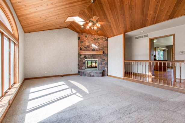 1 Story, Ranch - Burlington, WI (photo 2)