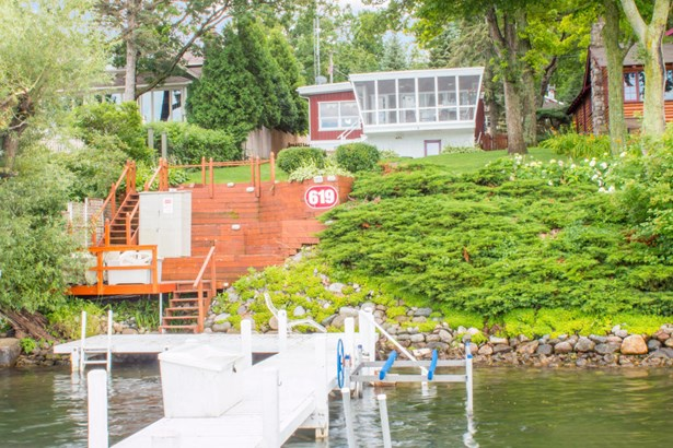 Ranch, 1 Story,Exposed Basement - Lake Geneva, WI (photo 1)