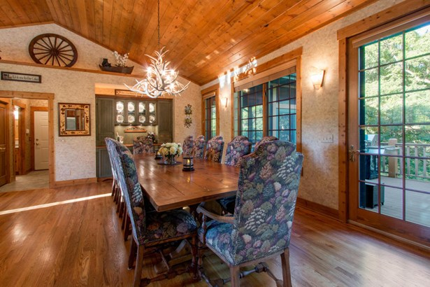 1.5 Story, Log Home - Elkhorn, WI (photo 4)