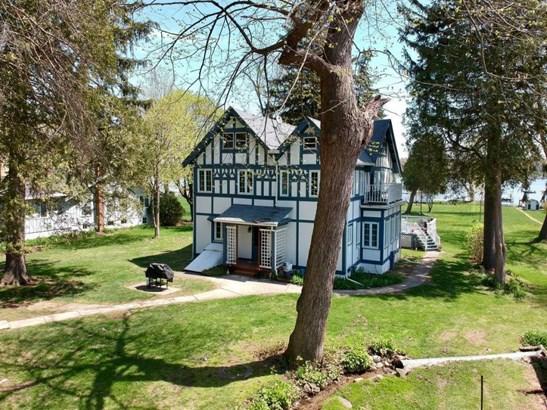 2 Story, Tudor/Provincial - Williams Bay, WI (photo 1)