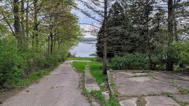 Residential - Delavan, WI (photo 4)