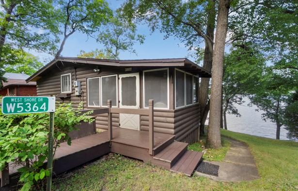 1 Story, Log Home,Ranch - Elkhorn, WI