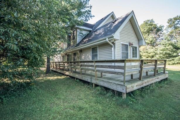 Farm House, 2 Story - Mukwonago, WI (photo 3)