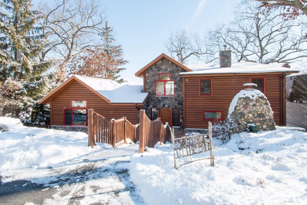 2 Story, Log Home - Elkhorn, WI (photo 2)