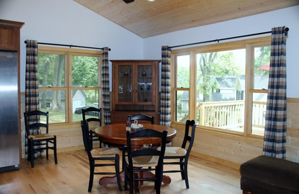 1 Story, Ranch - Elkhorn, WI (photo 5)