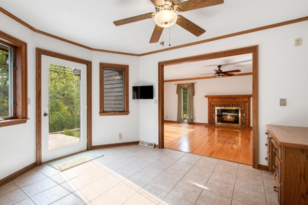 2 Story - Elkhorn, WI (photo 5)