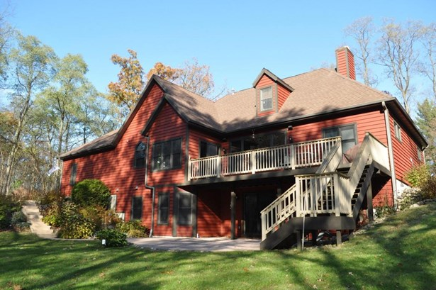1.5 Story,Exposed Basement, Cape Cod,Raised Ranch - Whitewater, WI (photo 1)