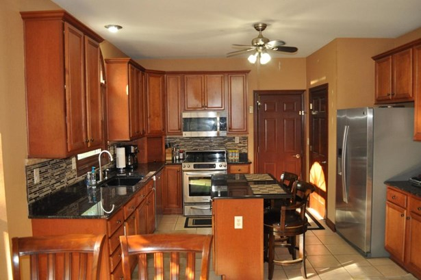 1.5 Story,Exposed Basement, Cape Cod,Raised Ranch - Whitewater, WI (photo 2)