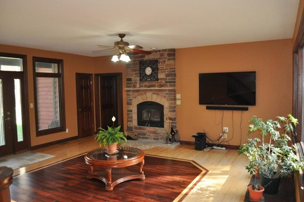 1.5 Story,Exposed Basement, Cape Cod,Raised Ranch - Whitewater, WI (photo 3)