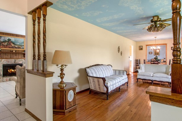 1 Story, Ranch - Walworth, WI (photo 4)