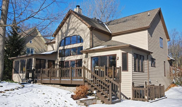 Single Family/Detached,Water Access/Rights, 2 Story - Fontana, WI (photo 1)