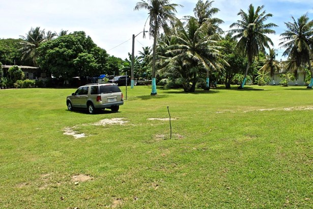 Route 4 , Inarajan - GUM (photo 5)