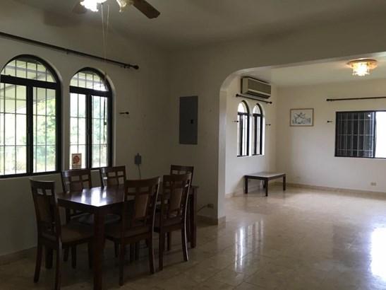 161 Lglesias , Yigo - GUM (photo 3)