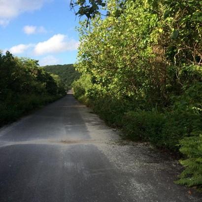 Marbo Cave Road-sasayan Valley , Mangilao - GUM (photo 1)