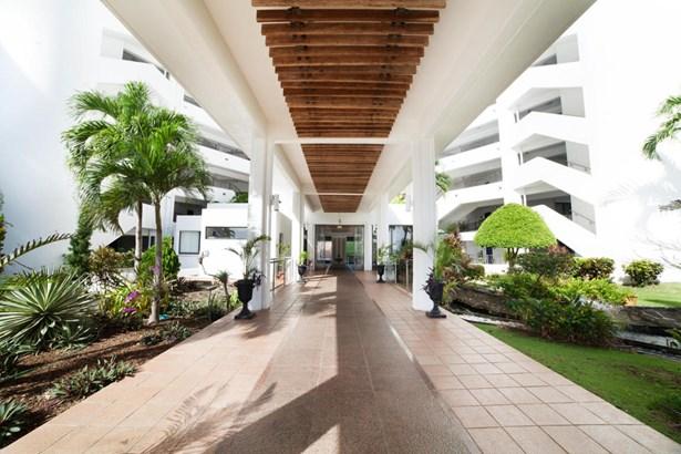 Oka (hatsuho) Tower Condominium-tamuning  Western , Tamuning - GUM (photo 1)