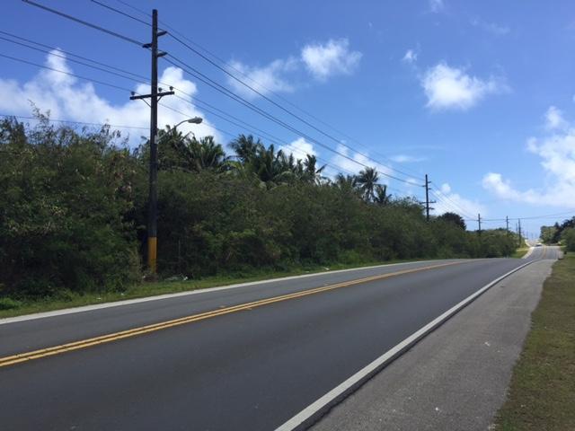 Cross Island Road ( Rt 17 ) , Yona - GUM (photo 1)