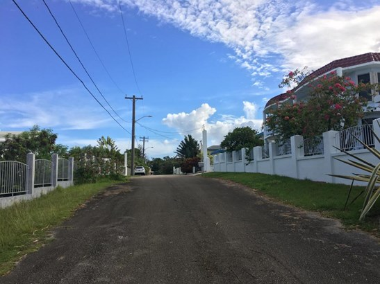Enrique San Nicolas Lane , Talofofo - GUM (photo 4)