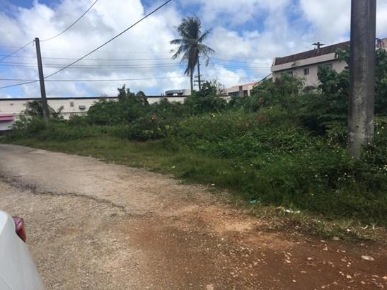 West Liguan Avenue, Dededo - GUM (photo 2)