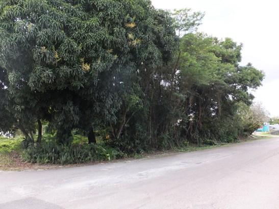 Calle Delos Marteres Street , Agat - GUM (photo 2)