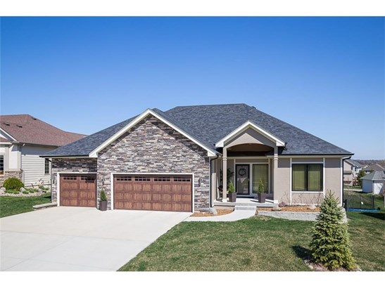 605 Spyglass Court, Waukee, IA - USA (photo 1)