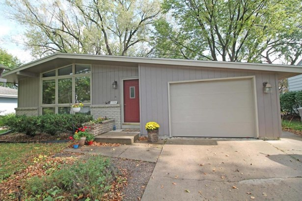 3324 Harcourt Drive, Ames, IA - USA (photo 1)