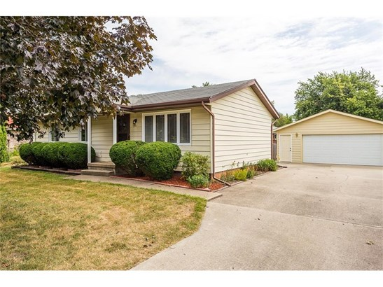 403 Market Avenue Sw, Mitchellville, IA - USA (photo 1)