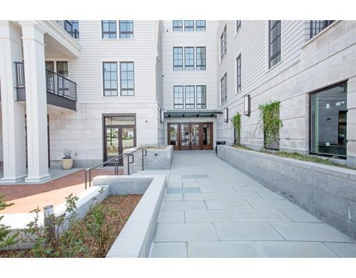 580 Washington, Wellesley, MA - USA (photo 1)
