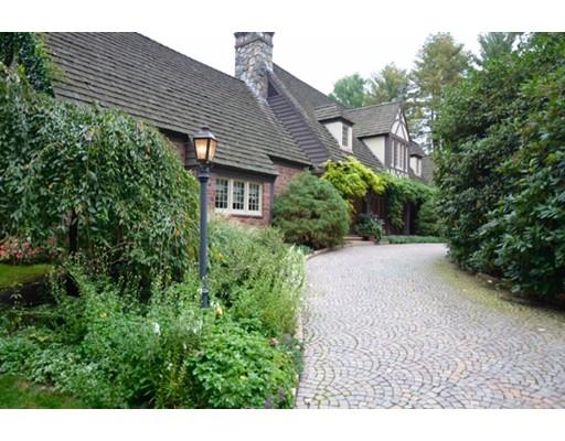 52 Valley Rd, Wellesley, MA - USA (photo 1)